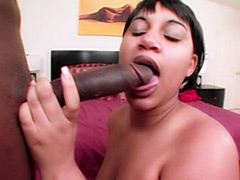Strong bodybuilder woman dominates and fucks nerd guy_pic5463