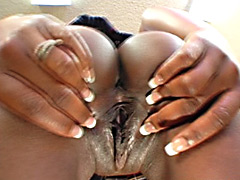 Nice black pussy full of cum. Lady Fudge.