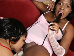 Chocolate sistahs get each other off with sex toys here