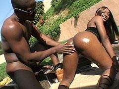 Huge black cock banged chubby ebony babe outdoor