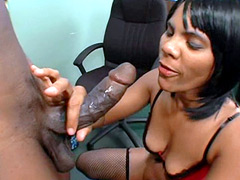African guy with huge cock bang pretty ebony babe on table