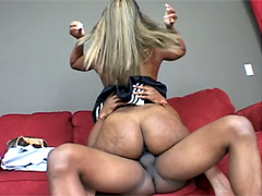 Raven Sky and her big ass in sex action