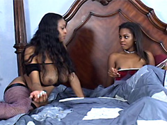 Mature whore Carmen Hayes tempt a Dena Caly