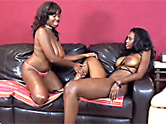 Nyomi Banxxx and Candace Von, lesbian scenes