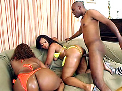 Lacky man fucked Skyy Black and Cherokee D Ass
