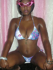 Young ebony babes ready to fountain of sperm