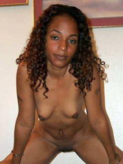 Amateur ebony girlfriend flashing and exposed at home