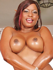 It's an all out lesbian gang bang, with four horny black babes with big bubble butts that love..