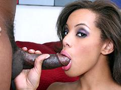 Adorable Alicia Tyler rides a huge black meatstick on sofa