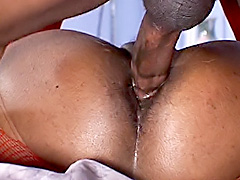 Big black ass bounce on a stiff rod. Lay Lani