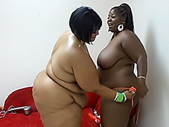 Lesbian BBWs rub their big black bodies. Sabrina Love & Farrah Foxx