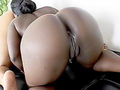 Ebony pussies dildoed in lesbian scene. Hershey & Vanity Cruz
