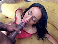Ebony hottie America, face fucked