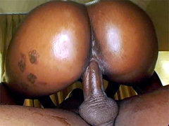The big ebony babe spreads her nice sexy huge ass for a dick.