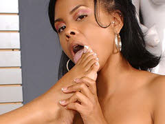 Curvy black babes posing together then licking toes. Olivia Winters and Lacey Duvalle