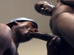 Dark Thunder favorite Sexcyone teams up with black bottom boy Mickey in this new video.