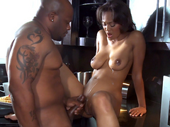 Long legged black hottie Evanni Solei fucks on the kichen